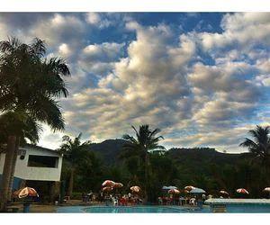 Passeio num lugar pertinho e com o céu cheio de nuvenzinhas!