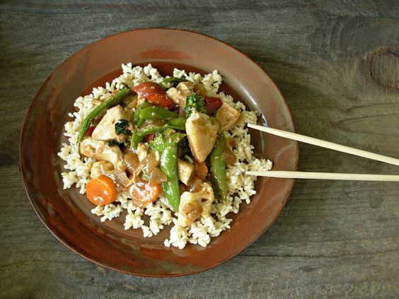 NS Pottery: Chicken & Vegetable Stir-Fry