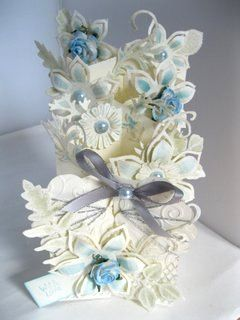 Flowers, Ribbons and Pearls: April 2012