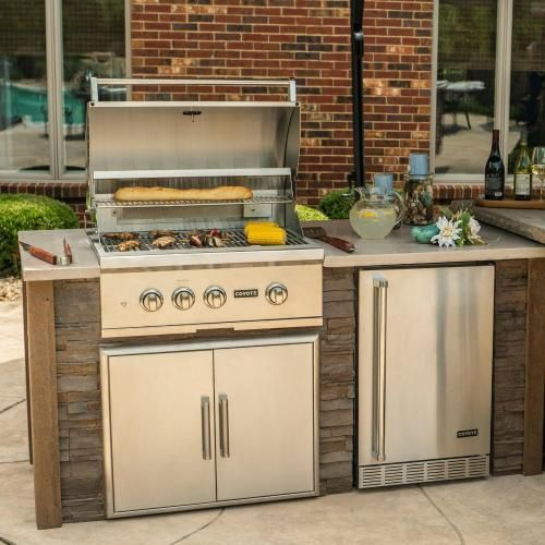 Coyote Ready To Assemble 6 Ft Outdoor Kitchen Island With 30 Inch S Series Natural Gas Grill Ships As Propane With Conversion Fittings Stacked Stone Brown T Outdoor Kitchen Island Outdoor Kitchen Outdoor Kitchen