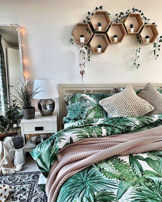 """Papel de Parede on Instagram: """"Seja em um mix de folhagens, um vasinho discreto ou até mesmo no jogo de cama, o verde fica perfeito em qualquer ambiente da casa. Curtiu?…"""""""