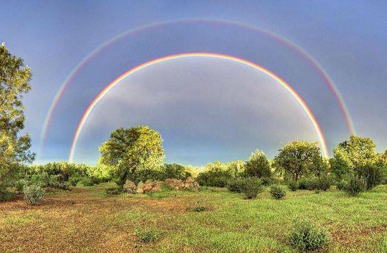 A FULL double rainbow, California. Ooooeeee!