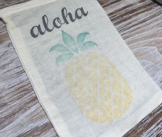 10 Pineapple Favor bags, Aloha favor bags, Hawaii favor bags, destination wedding favors, wedding welcome bag favors, tropical party favors