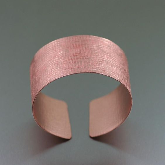 Contemporary Copper Linen Cuff Bracelet  Featured by #JohnSBrana #Cuffs #CopperJewelry #Copper http://www.johnsbrana.com/lookbook/copper-jewelry/copper-linen-cuff-bracelet/