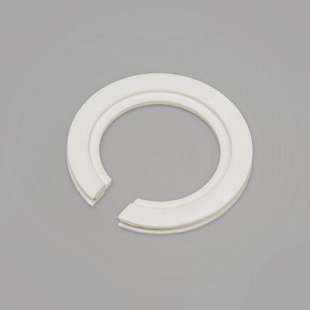 Adapter Ring von E27 auf E14 Für alle Leuchten, die über eine kleine Fassung verfügen - mit diesem Adapterring aus Kunststoff können Sie Schirme mit großer E-27-Aufnahme für E14 passend machen. #lampenundleuchten.at #Innenbeleuchtung #Schirm