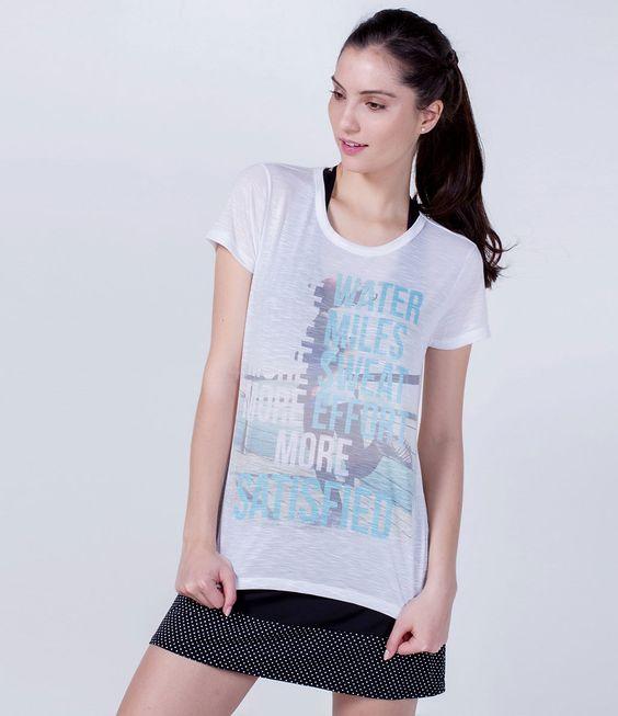 Camiseta feminina  Manga curta  Estampada  Marca: Get Over  Tecido: Poliéster  Composição: 100% Poliéster  Modelo veste tamanho: P     COLEÇÃO VERÃO 2016     Veja outras opções de    produtos esportivos.