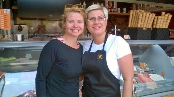 Kasia and Annette Frier