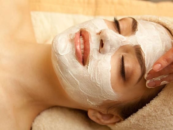 Aloe Vera Body Wrap And Luxury Facial (£25); Choice Of Shellac Manicure Or HD Brows (£15); Or Glycolic Acid Peel Mini Facial (£25) with 84% #OFF http://www.comparepanda.co.uk/group-deal/73172378183/aloe-vera-body-wrap-and-luxury-facial-(%C2%A325);-choice-of-shellac-manicure-or-hd-brows-(%C2%A315);-or-glycolic-acid-peel-mini-facial-(%C2%A325)