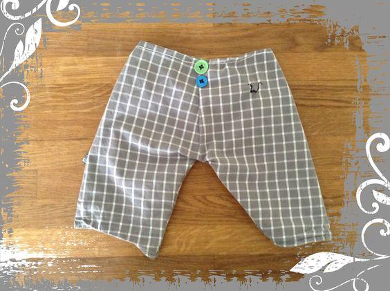 Broekje voor de zoon van een oud hemd van tom - babypants for the boy made from old shirt from his daddy