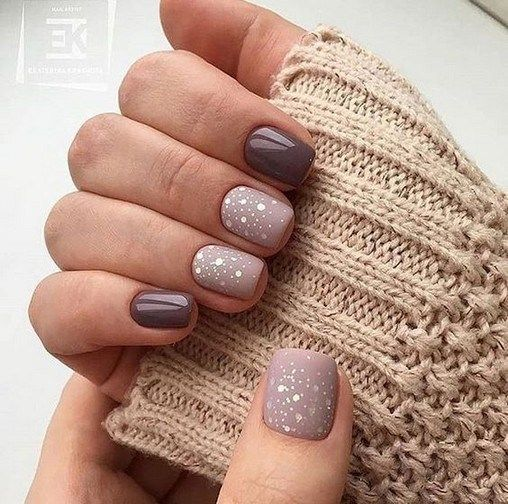 Glitter Gel Nail Designs For Short Nails For Spring 2019 00007