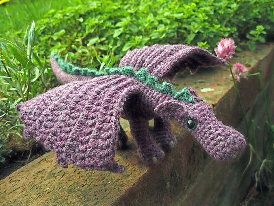 ravelry knitted fierce little dragon....Gracie would love this