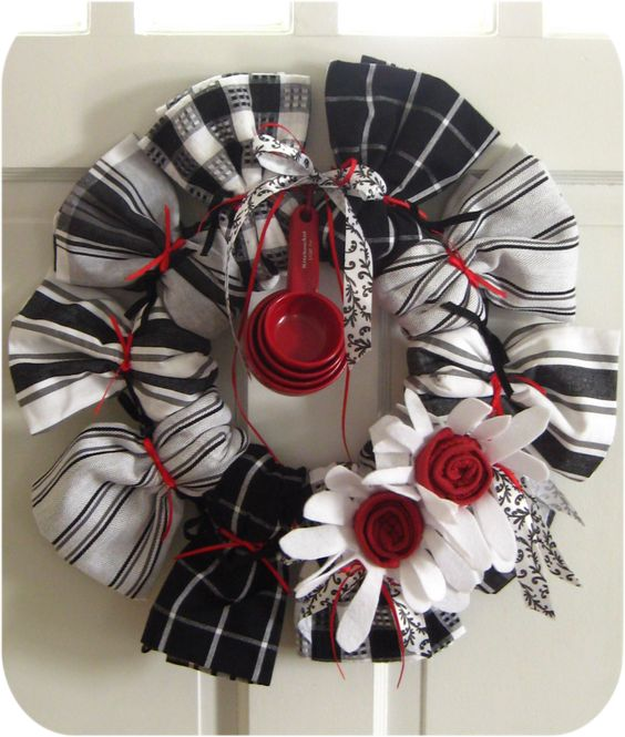 kitchen towel wreath Great for House Warming Gift or wedding gift More
