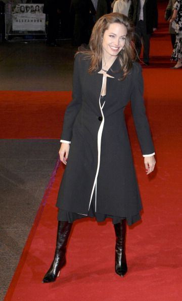 Angelina Jolie | Valentino coat: Jolie Valentino, Fashion Outer, Angelina Jolie, Outer Limits, Photo