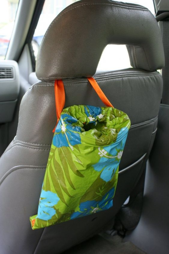 Car trash bag - detailed photo tutorial...this could be  a great teacher gift.