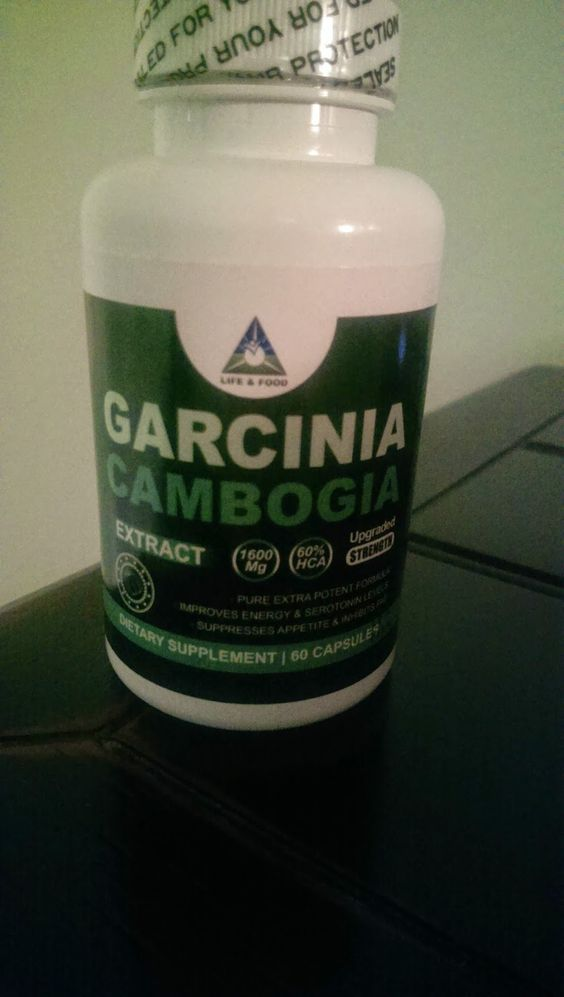 Today marks the second week of sampling Garcinia Cambogia and here is what happened to me over the past two weeks.