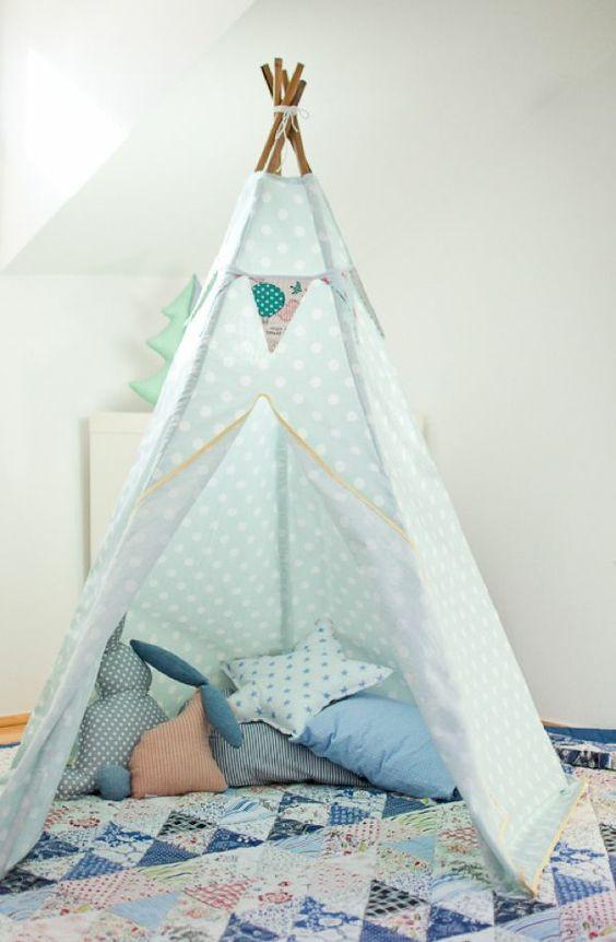 hellblaues Zelt selber bauen