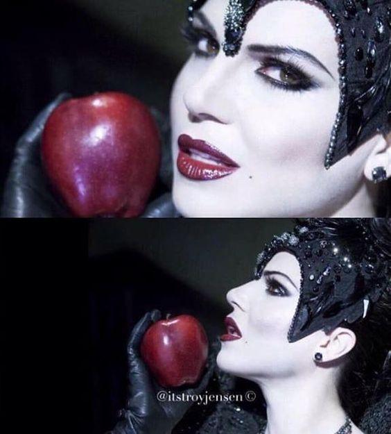More new Lana pics #EvilQueen
