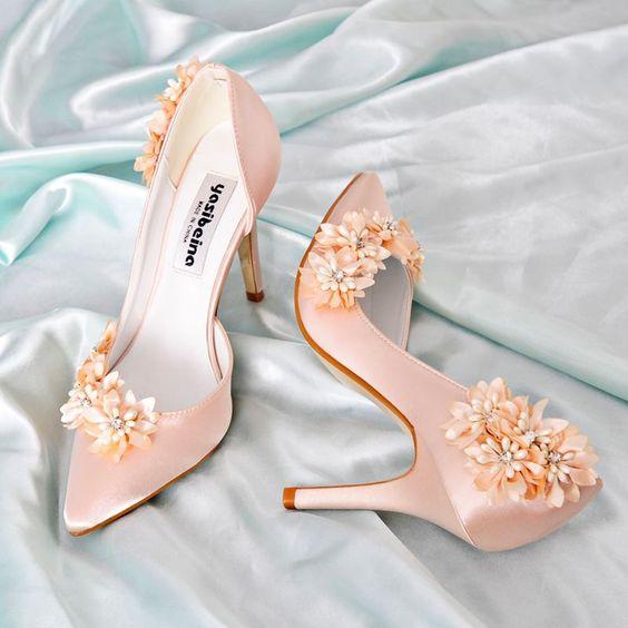 Elegancka Szampan Na Wesele Slub Na Obcasie 2019 Skorzany Satyna Aplikacje Perla Rhinestone 9 Cm Szpilki Szpiczaste Buty Slubne Wedding Heels Bridal Shoes Wedding Shoes Heels