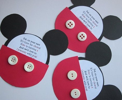 invitaciones de mickey con cartulina roja y negra