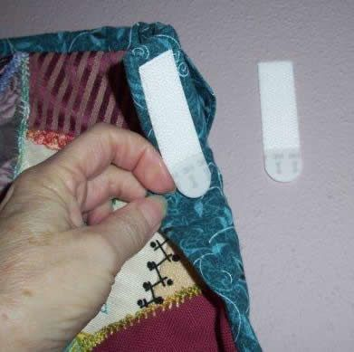 Hanging a quilt with command strip picture hangers