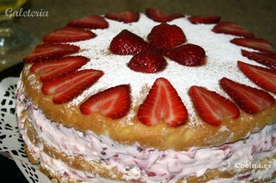 Genovesa con fresas: http://langostinos-a-la-marinera.recetascomidas.com/ - #recetas - #recipes - #desserts