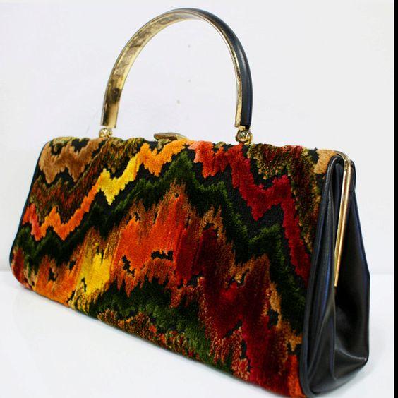 vintage 60s carpet bag.