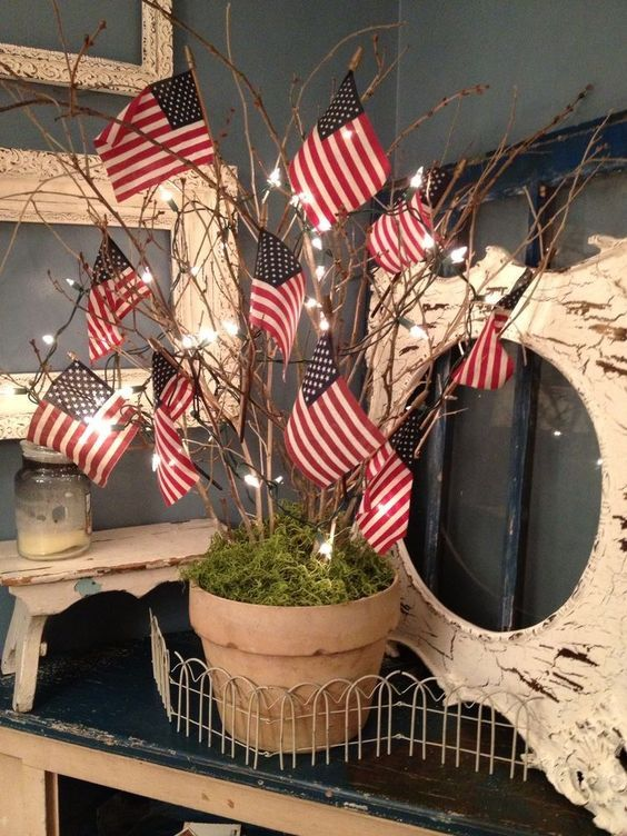 28 Stunning Rustic Style Fourth Of July Independence Day Decor Ideas 4th Of July Fourth Of July Decor 4th Of July Decorations