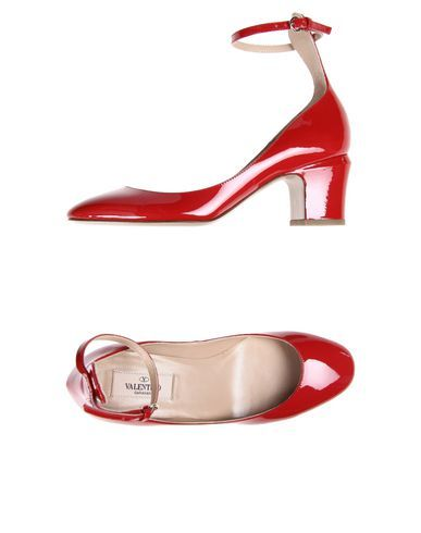 Valentino Garavani Women Pump on YOOX.COM. The best online selection of  Valentino Garavani. YOOX.COM exclusive items of Italian and international designers - Secure payments