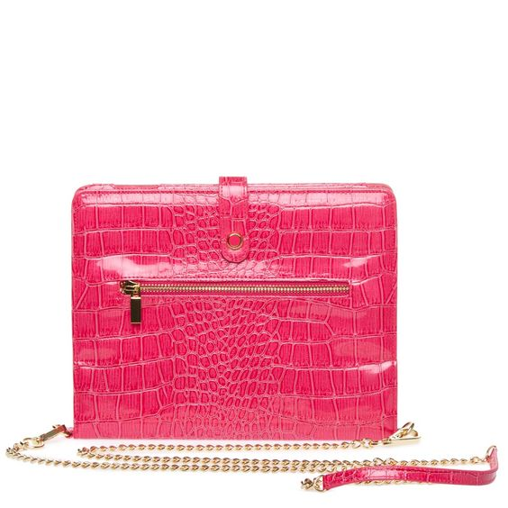 Geek Chic for your iPad! $44.95 USD! get it at Shoedazzle. Remember Berry is the NEW Black!