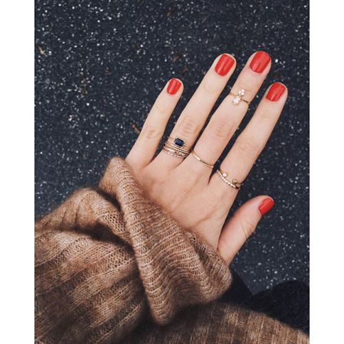 Anéis delicados misturados
