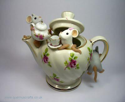 The Mice Will Play Tea Pot