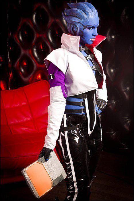 Aria T'Loak cosplay mass effect costume:
