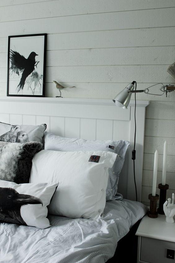 svartvit tavla med fågel, handmålad print, artprint fågel, fåglar ...