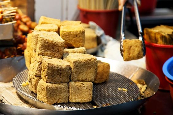 Can't remember when was my last time having this smelly tofu, just have an urge to go Mong Kok and grab some now... ;P