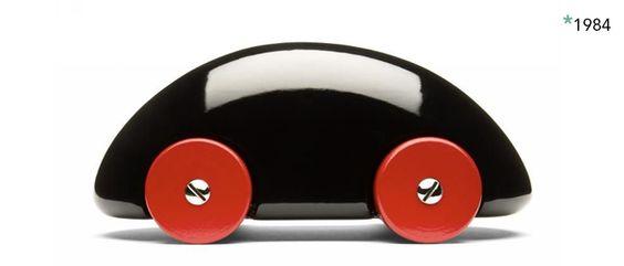 Streamliner car by Playsam. Since 1984.
