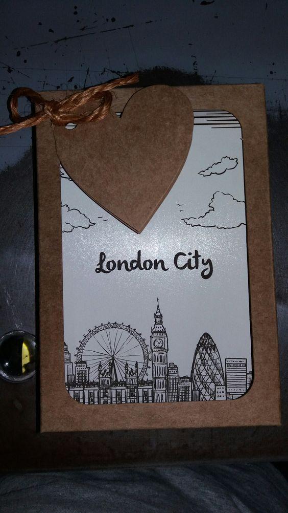 Caderneta de ideias _ London com gravação a laser e caixa kraft