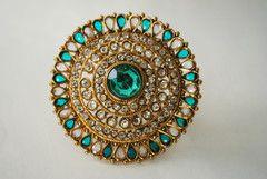 Beautiful Large Green Kundan Ring!