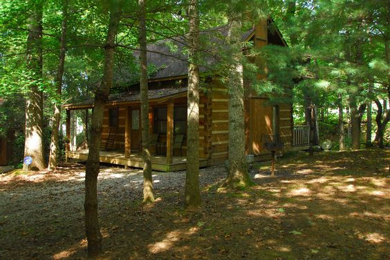 All of our gatlinburg tennessee cabins are near pigeon for Cabin rentals in gatlinburg tn for large group