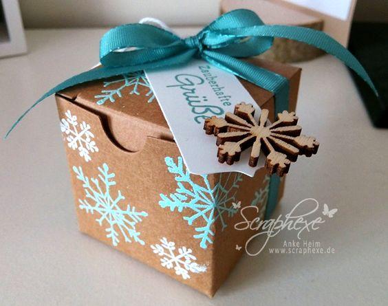 ... so heißt das Thema in diesem Monat auf unserem Teamblog. Heute gibt es von mir eine kleine Mini-Geschenkschachtel zu sehen, die sich so als kleines Goodie oder Mitbringsel perfekt eignet. Die S...