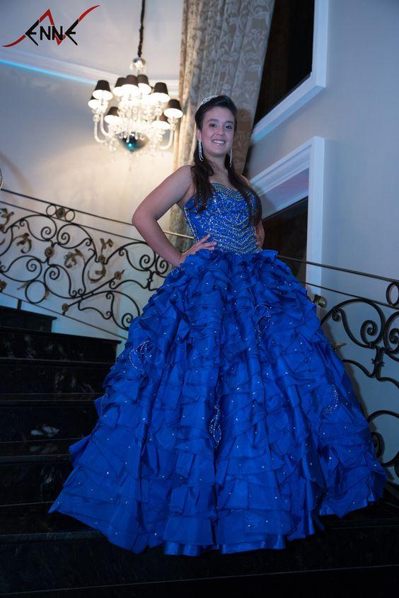 Vestido De Debutante Da Enne Rigor Em Evento Realizado No