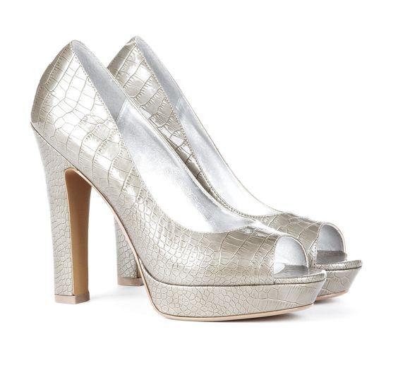 Peeptoe platform pump: Fantastic Shoes, Impractical Shoes, Wedding Shoes, Platform Pump, Pump Shoes, Shoes Shoes