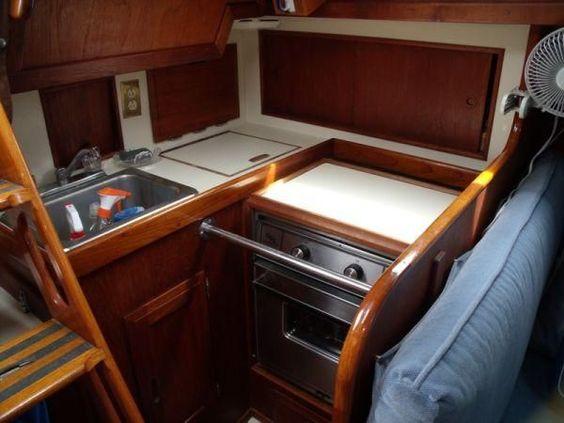 1985 Ericson 30 Plus Sail Boat For Sale - www.yachtworld.com: