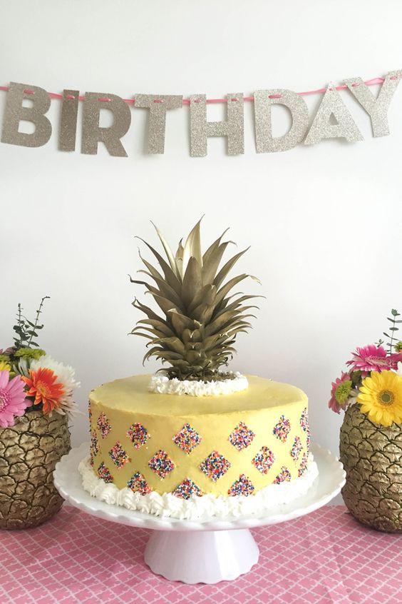 beber fiesta corona pasteles torta roca pastel de pia cosas de la pia fiesta de las ideas de adultos ideas de la fiesta de cumpleaos para nias