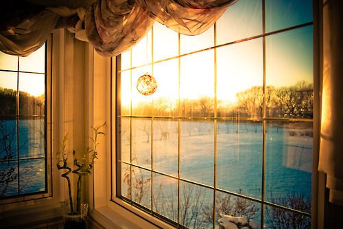 morning.: Favorite Places Spaces, Beautiful Sunrise, Beautiful Morning, Beautiful Places, Living Room, Gates Windows, Magic Windows