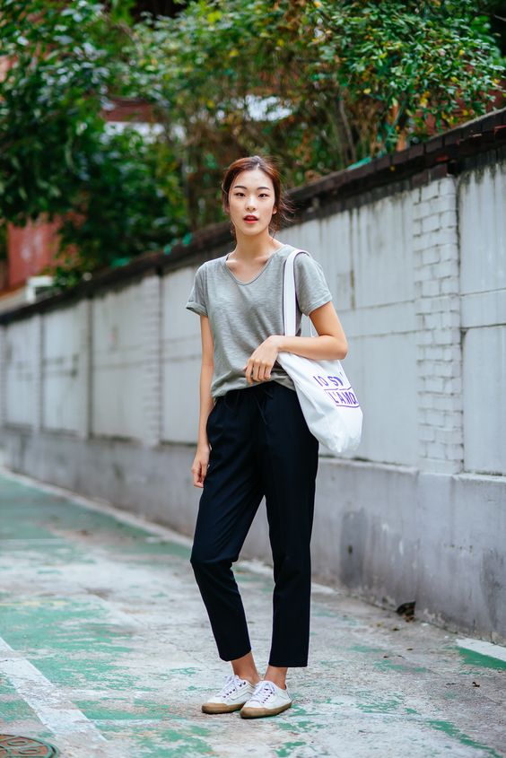 """v-street: """"Street style and fashion blog following back every blog. """" x:"""