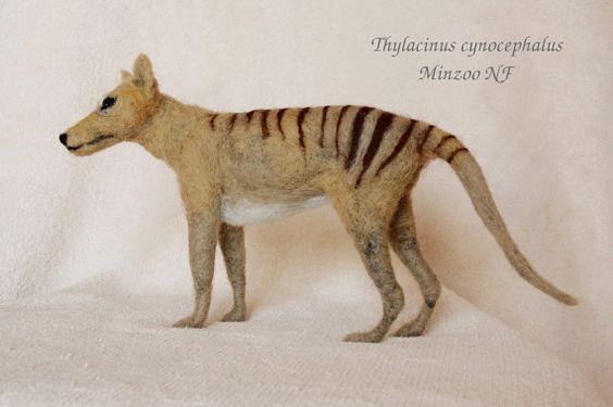 Tasmanian Tiger, needle felted Thylacine, marsupial tiger, needle felting animal saculpture, made to order