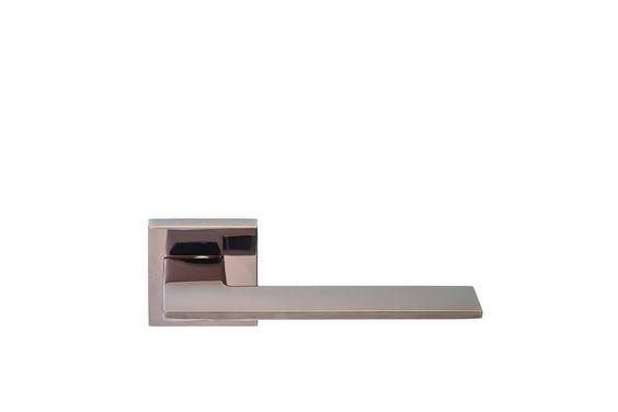 Poignée porte design - Portes Design, pose porte d'intérieur design - Poignée de porte en aluminium