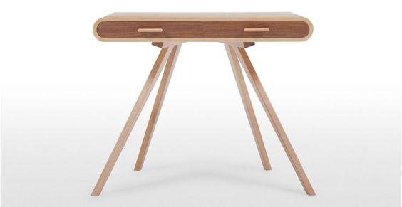 Made.com, Fonteyn. Schreibtisch – Kommode – Schminktisch. Inspiriert von der Pose einer Ballerina. Allongé.