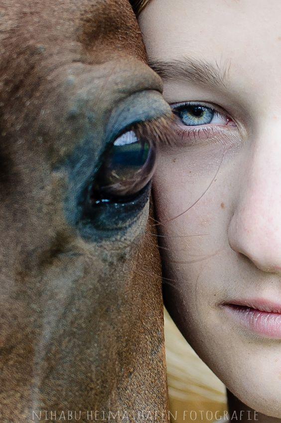 "Mädchen-mit-Pferd ""The World in your Eyes"" #Horse #Girl #Photography"