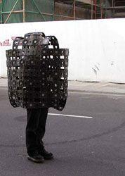 "Patrick Jambon (Performance-Künstler), sein Raum: ""Büromobil"""